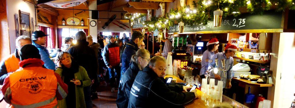 Werken als medewewerker achter de bar of in de keuken bij Wolfskamer Wintersport, kijk snel bij onze vacature